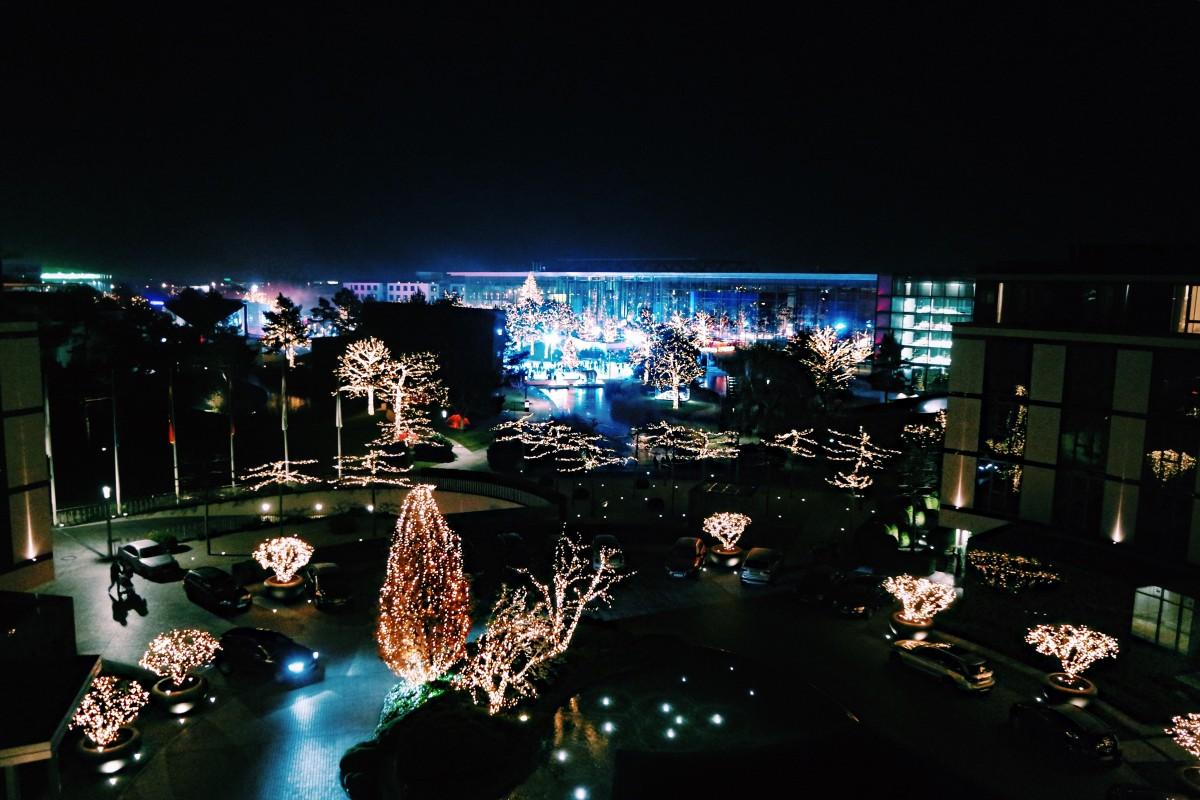 Autostadt Wolfsburg Weihnachtsmarkt.Erlebnis Wochenende Autostadt Wolfsburg Thai Lam
